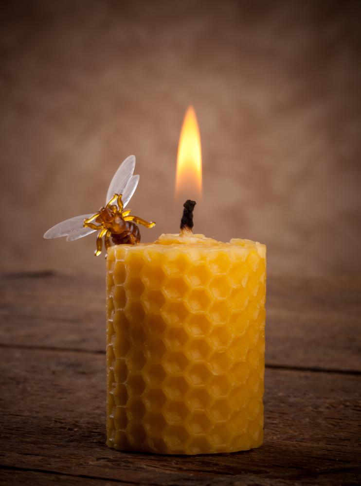 ritual con velas de miel para el amor