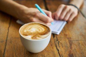leer la borra del café