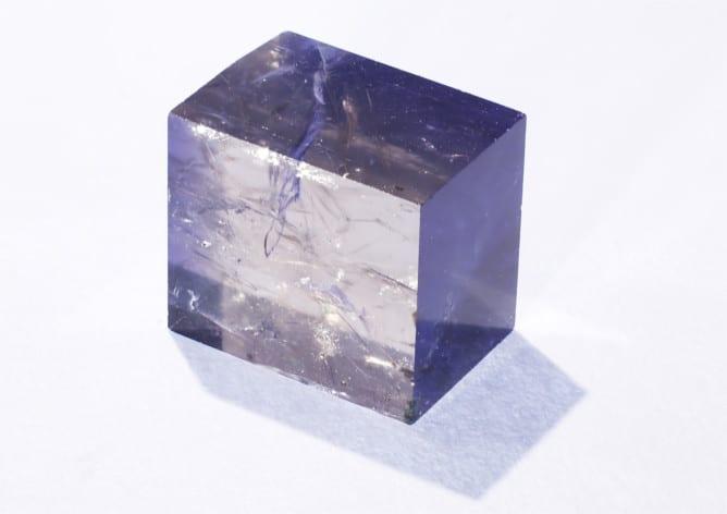 Cristal de iolita