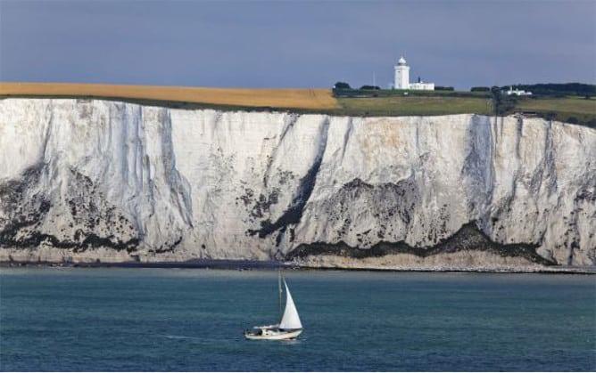Acantilados de Dover con piedra caliza